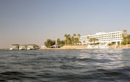 Luxor,_Nile,_Sheraton,_Egypt,_Oct_2004
